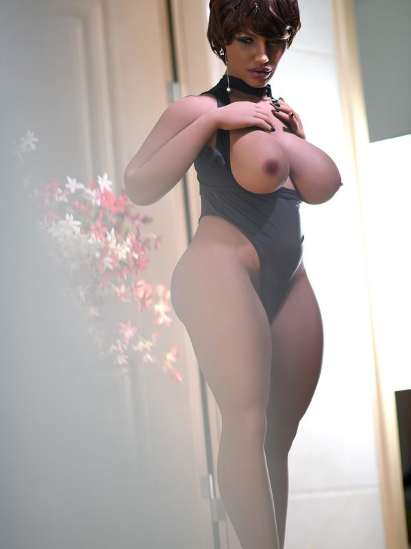 Viola – 4'6″ Chubby BBW sex doll bank manager from Tulsa
