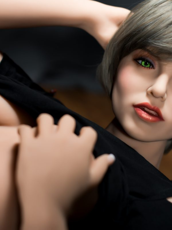 Fiona – 5'3″ 160cm realistic oral sex adult toys