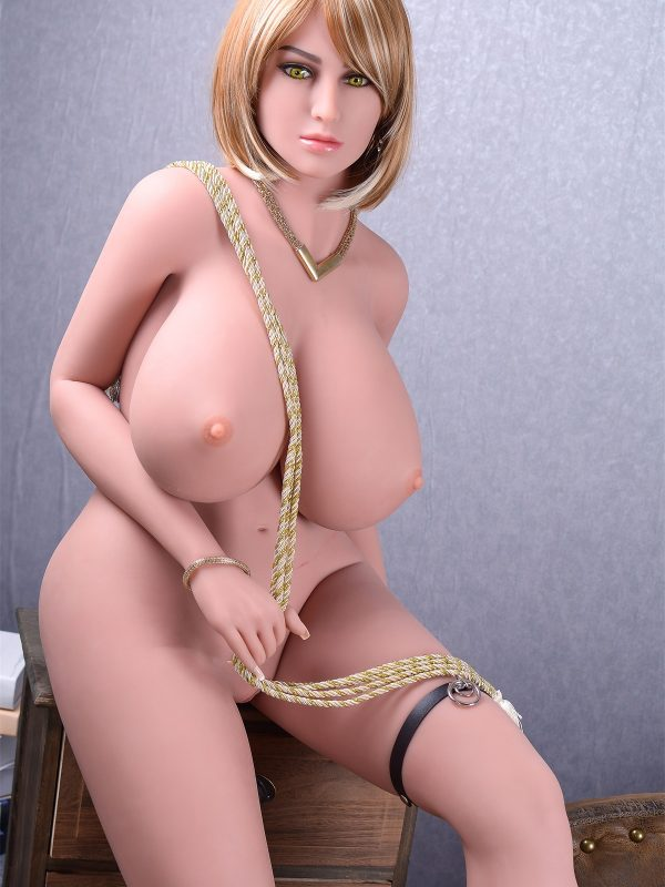 Angelou – 5'5″ 165 cm silicon pussy sex doll