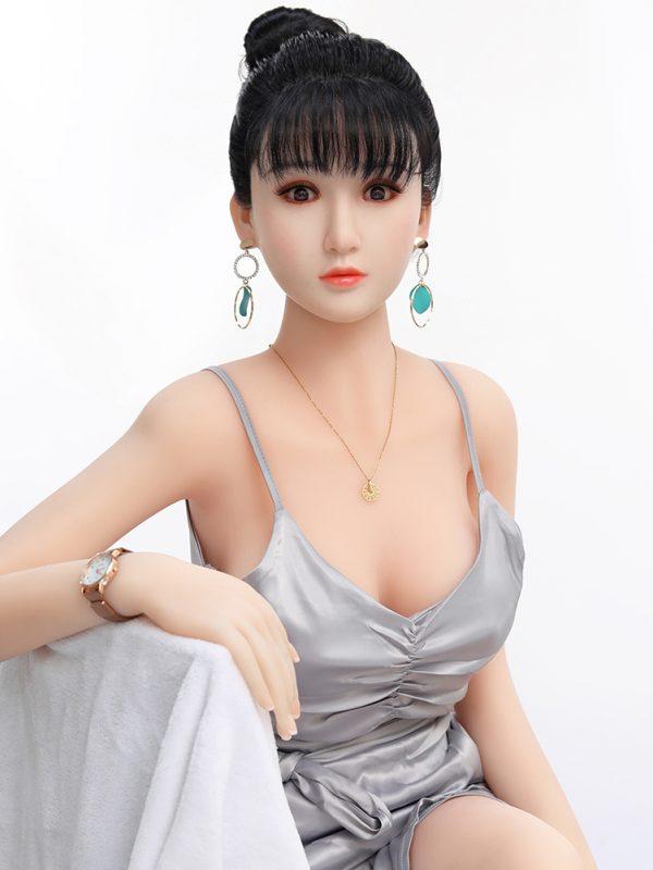 Xiaohong – 5'2″ 158 cm sex doll silicon