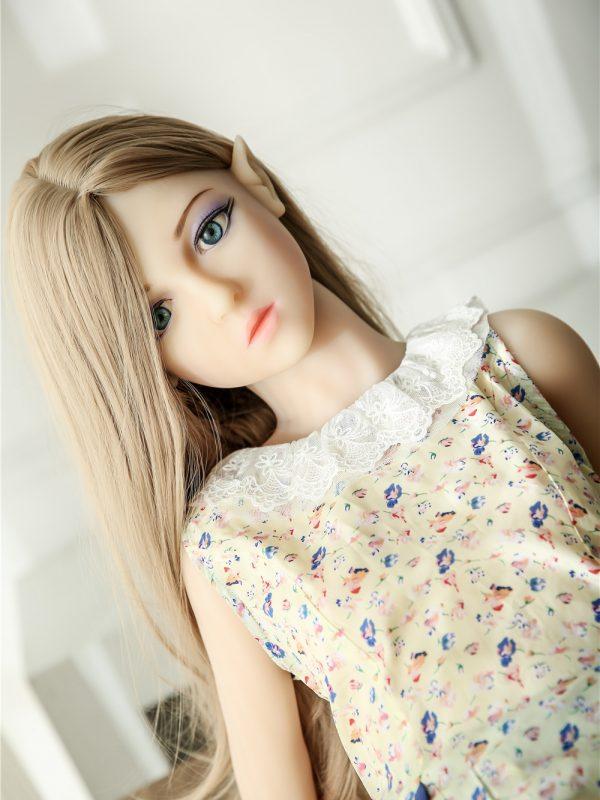 Emma Elf – 4'4″ 132 cm elf sex doll