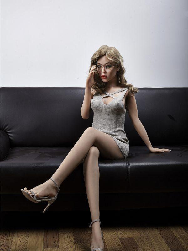 """Akisha – 5'1"""" 155 cm sex doll silicon jap"""